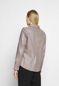 Oakwood - ANAE - Leather jacket - mastic - 2