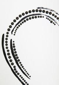 TWINSET - GIROCOLLO IN SCUBA CON PERLE - Top sdlouhým rukávem - off white - 2