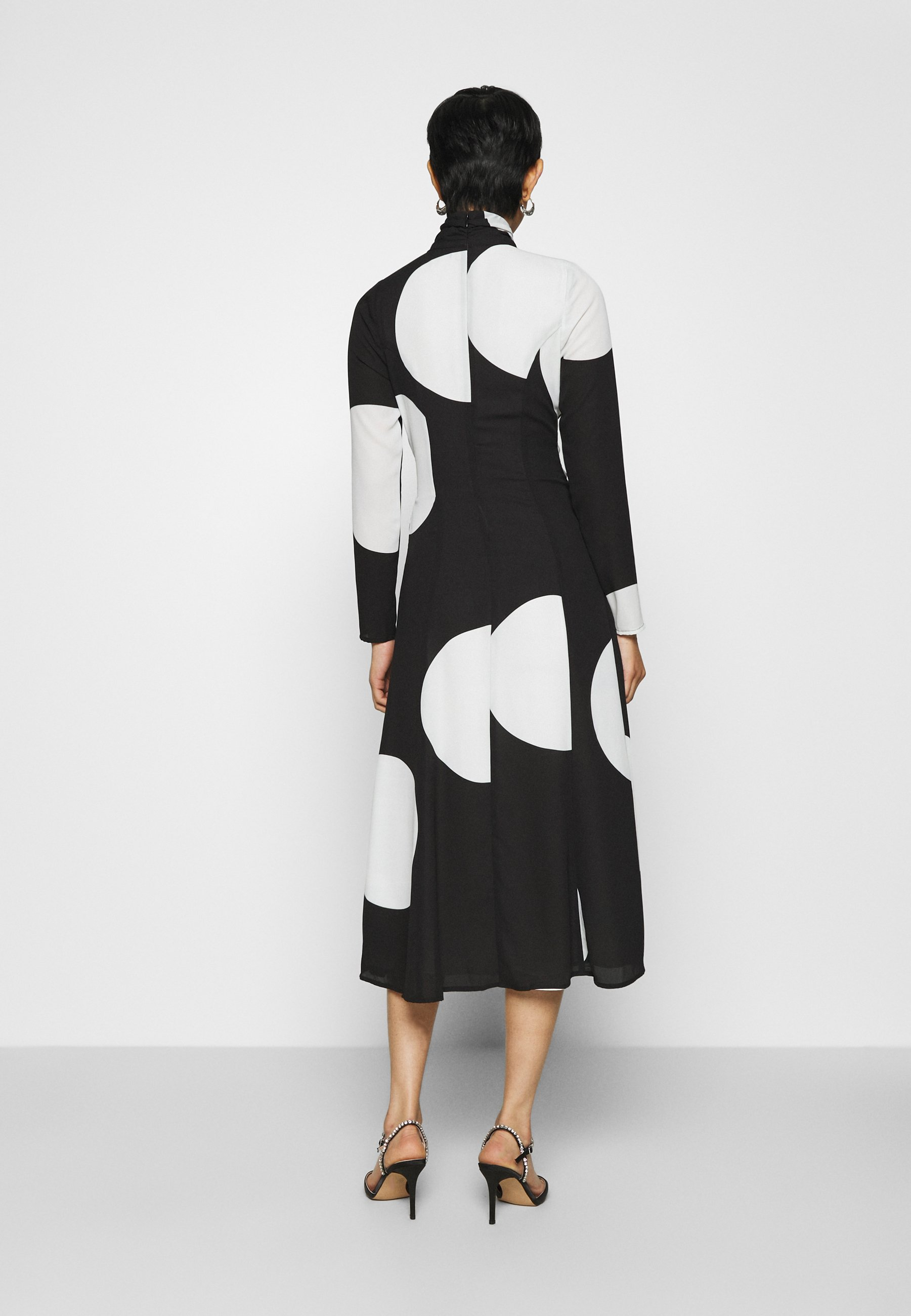 Who What Wear MOCK NECK WRAP DRESS Maxikleid black and white/offwhite