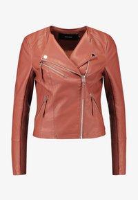 Vero Moda - RIAFAV SHORT JACKET - Faux leather jacket - mahogany - 4