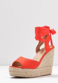 RAID - MARGARET - Sandály na vysokém podpatku - orange - 4