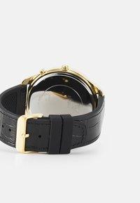Guess - Orologio - gold-coloured/black croco - 1