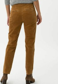 BRAX - STYLE MAREEN - Trousers - faded caramel - 2