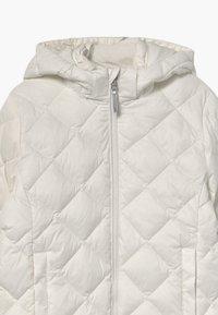 GANT - THE WEIGHT DIAMOND PUFFER - Winter jacket - eggshell - 4