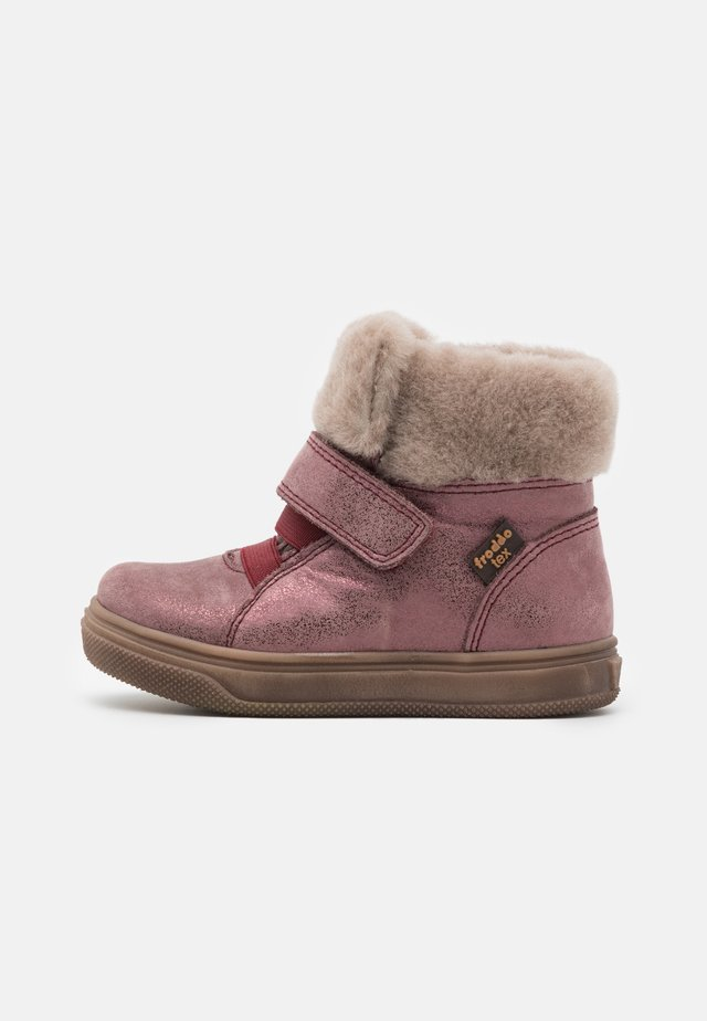 BASCO TEX MEDIUM FIT - Støvletter - pink