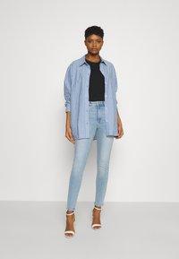 Vero Moda - VMSOPHIA  - Skinny džíny - light blue denim - 1