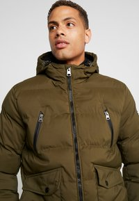 Cars Jeans - ABRAVE  - Winterjacke - army - 3