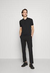 KARL LAGERFELD - Kalhoty - black - 1