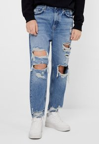 Bershka - Relaxed fit jeans - blue denim - 0