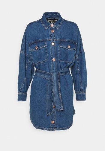 DELANO DRESS - Krátký kabát - mid authentic
