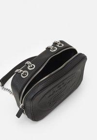 Lacoste - NF3391NL - Across body bag - black - 4