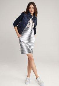 JOOP! - Jersey dress - navy/weiß - 1