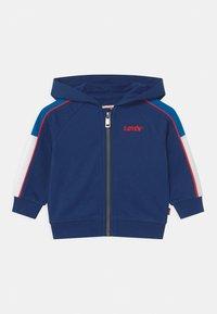 Levi's® - COLORBLOCKED HOODIE - Zip-up hoodie - estate blue - 0