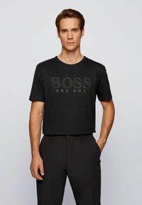 BOSS - T-shirt imprimé - black - 2