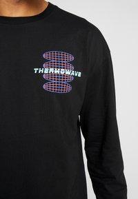 Revival Tee - THERMOWAVE - Bluzka z długim rękawem - black - 5