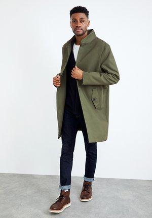ALLENBY  - Classic coat - khaki grün