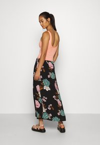 ONLY - ONLNOVA LUX LONG SKIRT  - Maxi skirt - black - 2