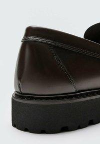 Massimo Dutti - Smart slip-ons - brown - 3