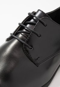 New Look - DANNY PLAN FORMAL - Smart lace-ups - black - 5