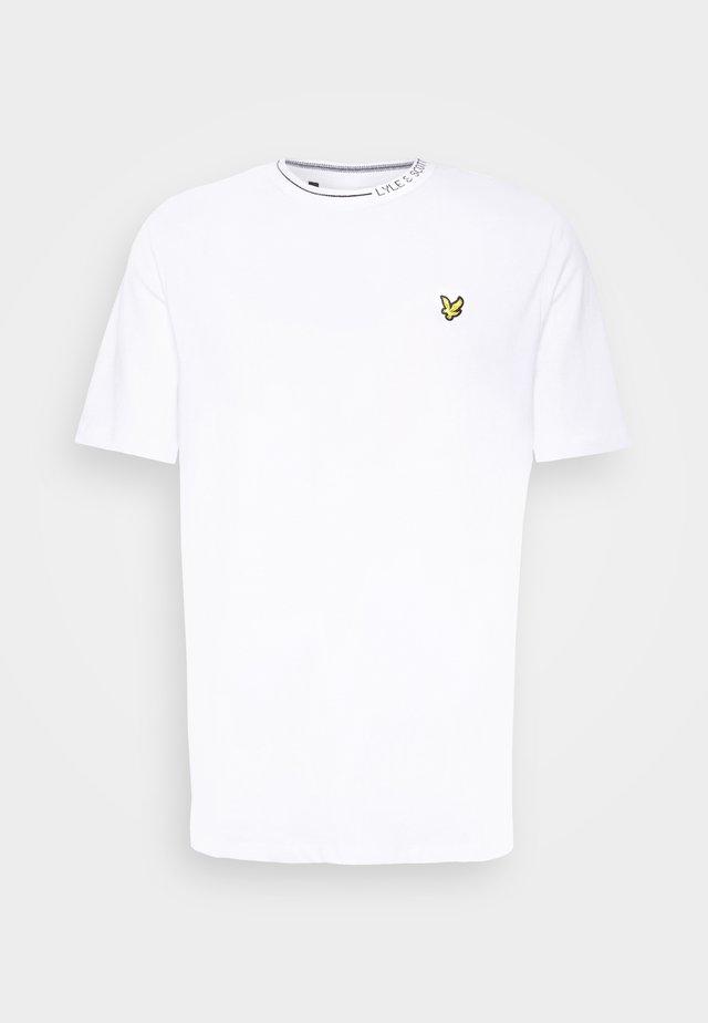 BRANDED RINGER - Basic T-shirt - white
