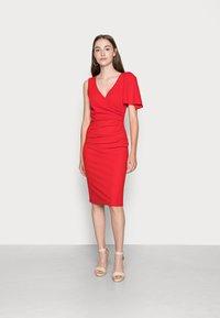 WAL G. - SIMI SLINKI MIDI DRESS - Cocktail dress / Party dress - red - 0