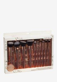 ZOË AYLA - 10 PIECE LUXURIOUS MAKE-UP BRUSH SET - Makeup brush - rose gold - 1