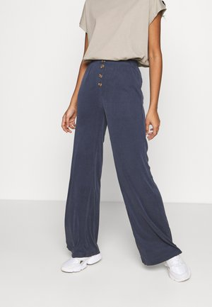 CLOVE TROUSER - Trousers - blue
