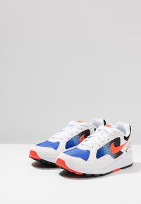 Nike Sportswear - AIR SKYLON II - Trainers - white/team orange/hyper royal/black - 2