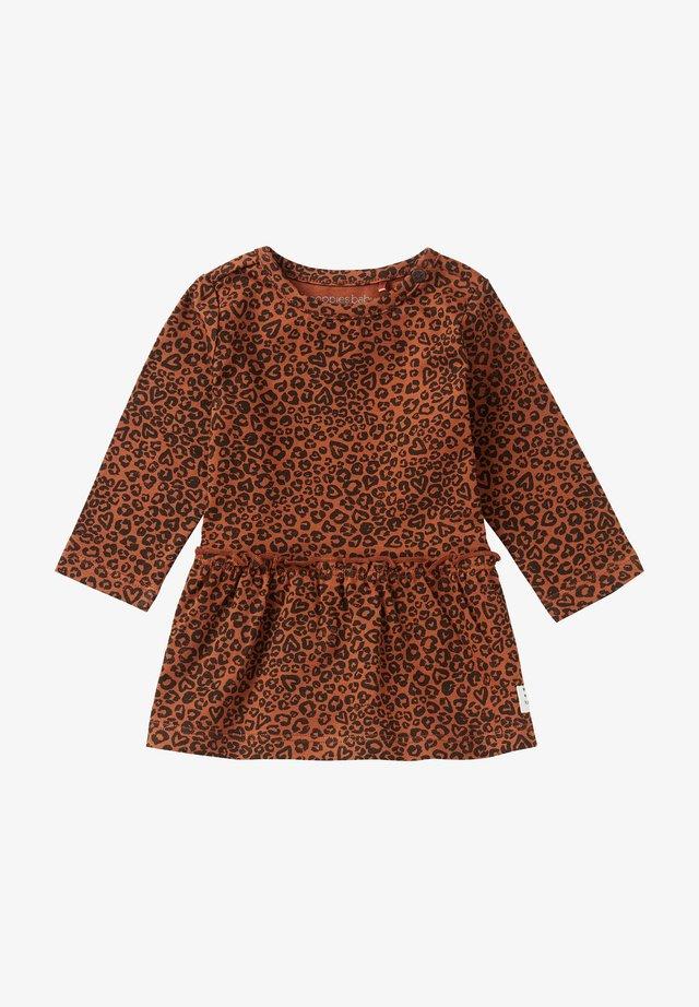 DRESS RIVERVIEW - Robe en jersey - rust