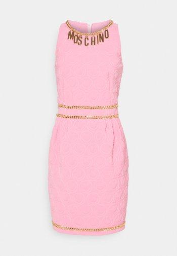 DRESS - Shift dress - fucsia
