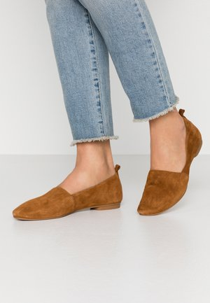 SANDY - Loafers - caramel
