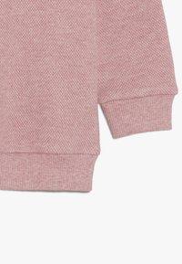 igi natur - KIDS RAGLAN  - Sweatshirts - persian red melange - 3