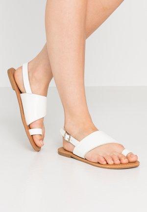 SEPHORINA - Sandaler m/ tåsplit - white