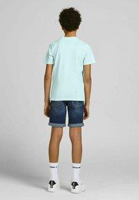 Jack & Jones Junior - Print T-shirt - bleached aqua - 2