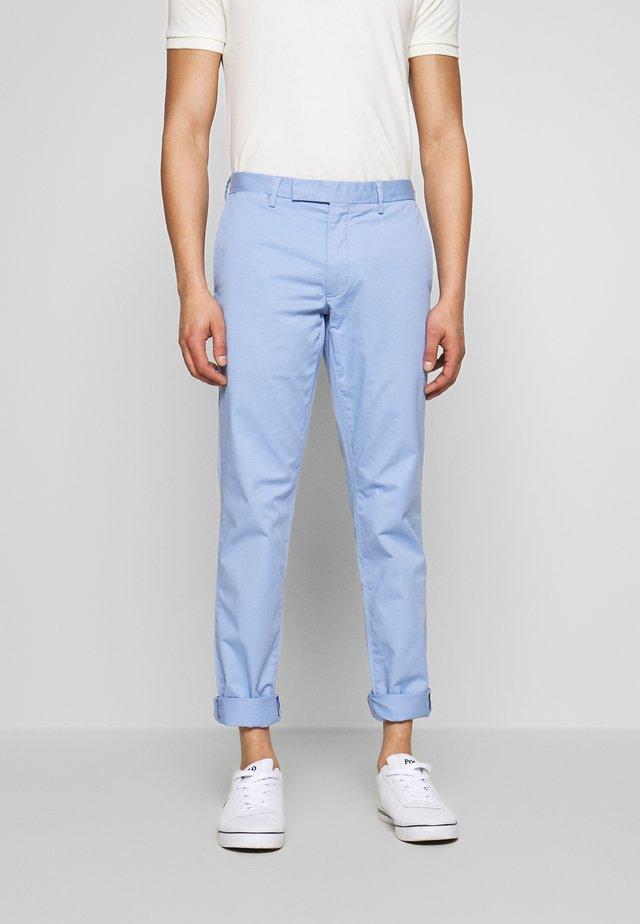 TAILORED PANT - Pantalones chinos - blue