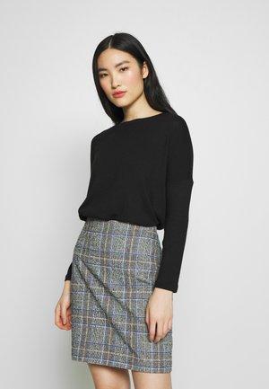 VISUELITA  - Sweter - black