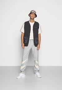 adidas Originals - PADDED VEST - Bodywarmer - black - 1