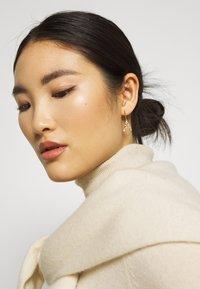 PDPAOLA - Earrings - gold-coloured - 1