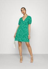 JDY - JDYSTAAR LIFE SHIRT DRESS - Day dress - greenlake/cloud dancer - 1