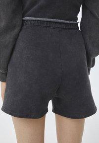 PULL&BEAR - Shorts - mottled dark grey - 5