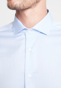 Eterna - SLIM FIT  - Formal shirt - light blue - 5