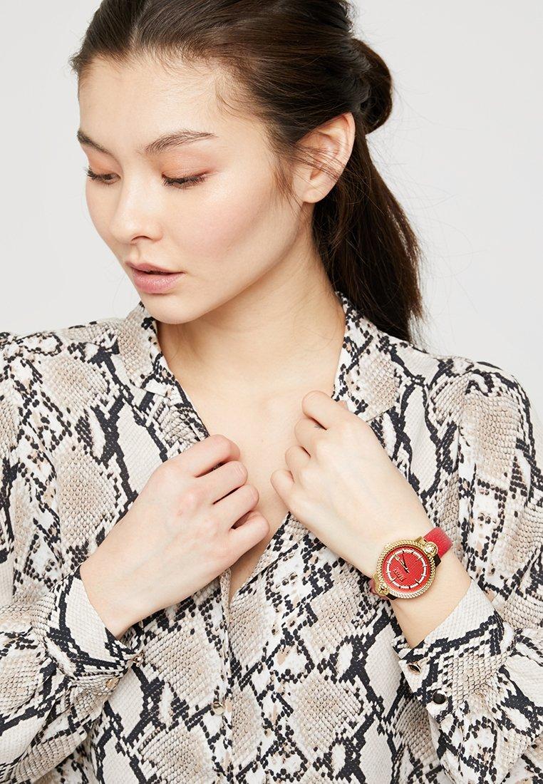 Versus Versace - MOUFFETARD - Watch - red