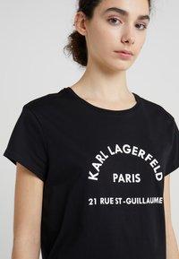 KARL LAGERFELD - ADDRESS TEE - Print T-shirt - black - 4