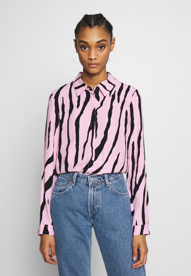 PERFECT BLOUSE - Bluse - black/pink sky