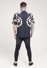 SIKSILK - BOXY FLORAL TEE - Triko s potiskem - multi-coloured - 2