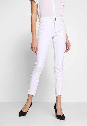 ALEXA  - Jeans Skinny Fit - white denim
