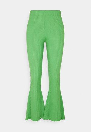 ABBIE TROUSERS - Kalhoty - kelly green