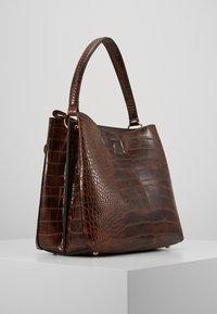 L. CREDI - FEODORA - Handbag - braun - 1