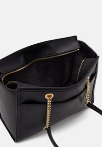DKNY - POLLY TOTE SUTTON - Kabelka - black/gold-coloured - 2