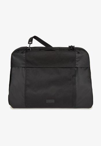 Suit bag - cnnct coat